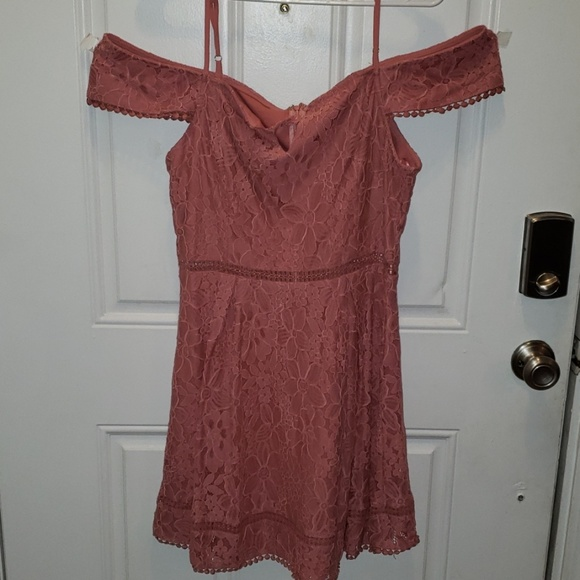 Francesca's Collections Dresses & Skirts - Soft pink lace dress